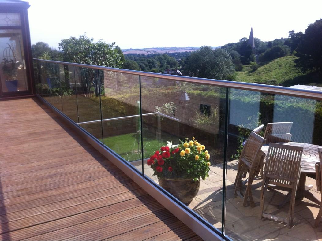 Balkonu projketi ar alumīnija profilu sistēmu un stiklu