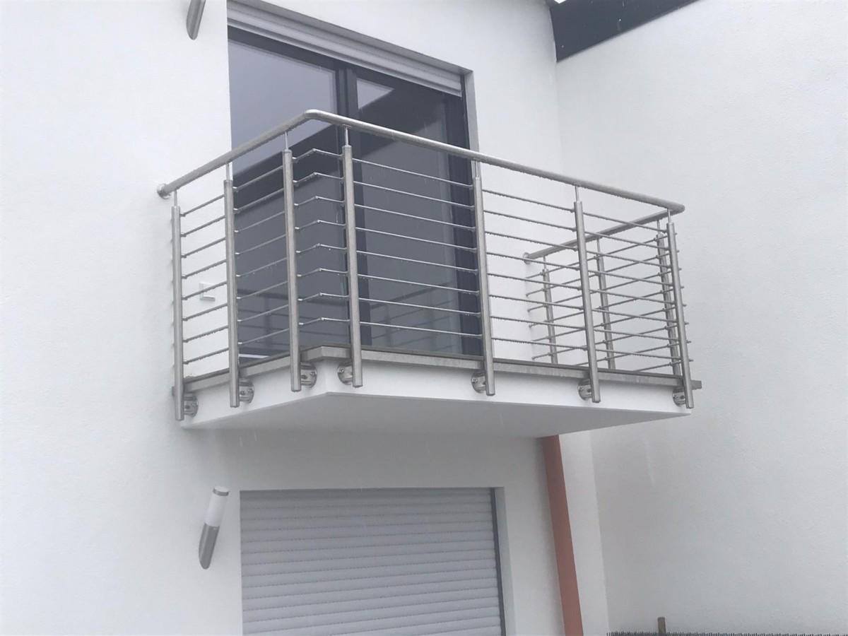 Nelielu balkonu margas no nerūsējošā tērauda 4