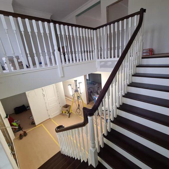 Vecā dizaina kāpnes ar virpotiem reliņiem. Projkets Zviedrijā 7